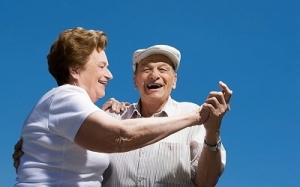 bailar_cantar_personas_mayores