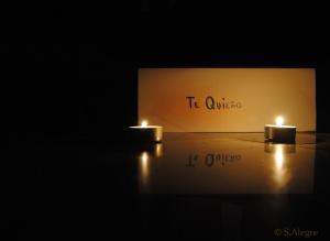 a la luz de las velas